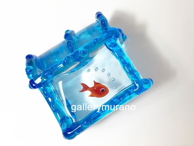 Сундучок с одной  рыбкой