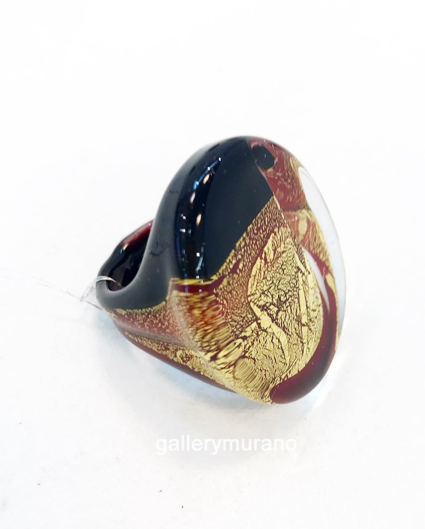 Кольцо черно-красное с золотом
