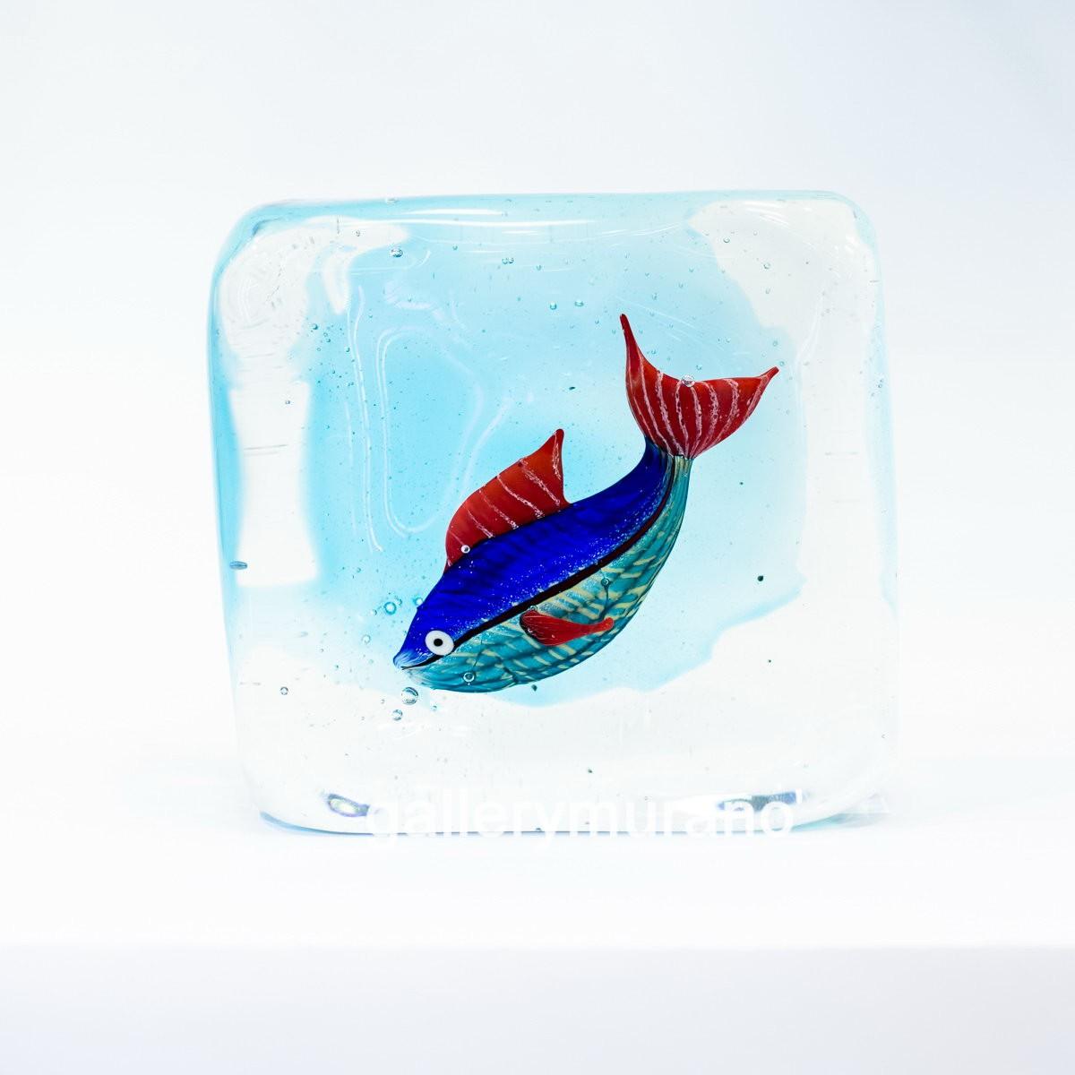 Куб Рыба с красными плавниками